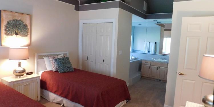 Twin bedroom in StoneRidge Townhomes #19