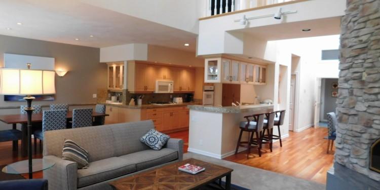 Living space in home #19 at StoneRidge Townhomes