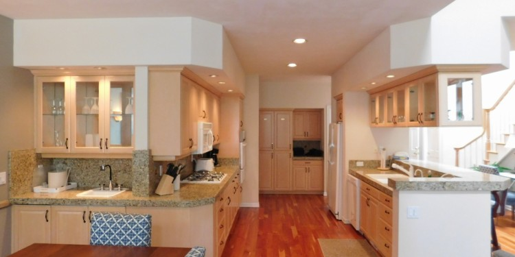 Bright kitchen in home #19 at StoneRidge Townhomes