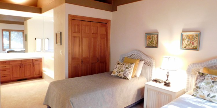 twin bedroom in home #11 at StoneRidge Townhomes