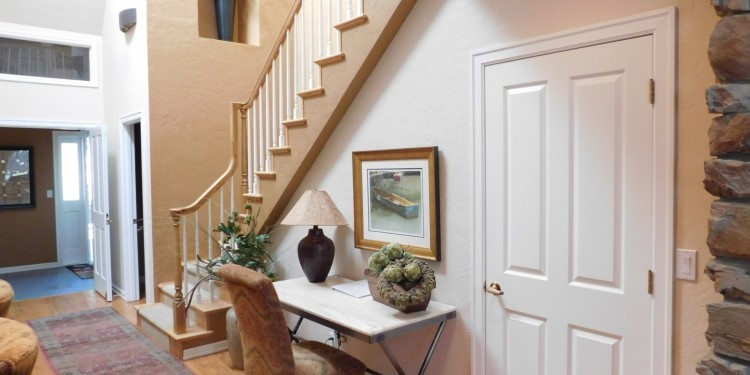 staircase and entry of home #25 at StoneRidge Townhomes