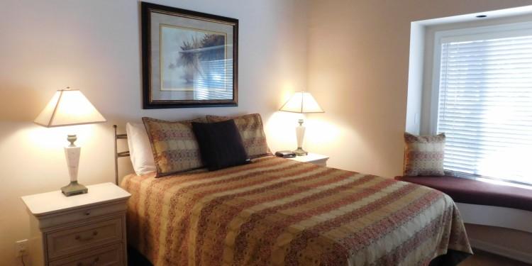Townhome #30 queen bedroom at StoneRidge Townhomes
