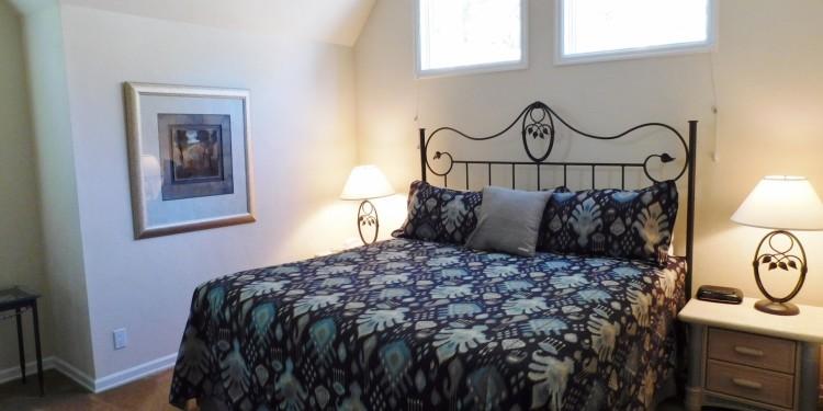 Townhomes #30 king bedroom StoneRidge Townhomes